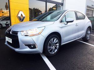 CITROENDS4 1 300x225 - CITROËN DS4 1.6 E-HDI 115 SO CHIC ETG6