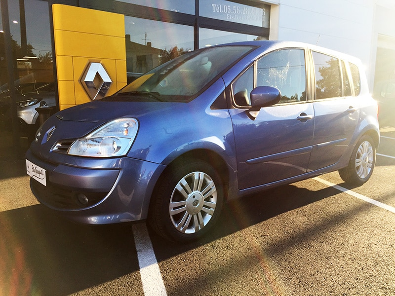 Renault grand modus 2 1 2 tce 100 exception for Grand garage feray renault