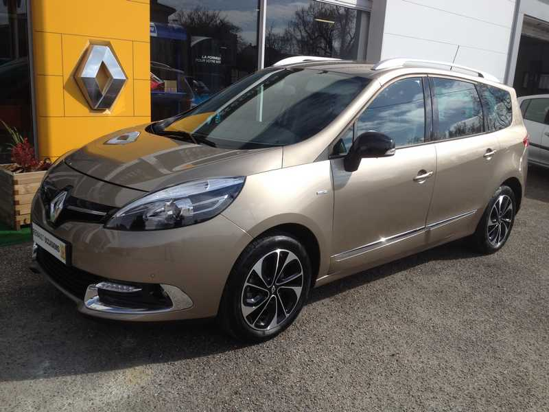 RENAULT GRAND SCENIC 3 1.2 TCE 130 ENERGY BOSE EDITION 7PL